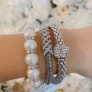 Jewelry - Luxury 3 pc new bracelets